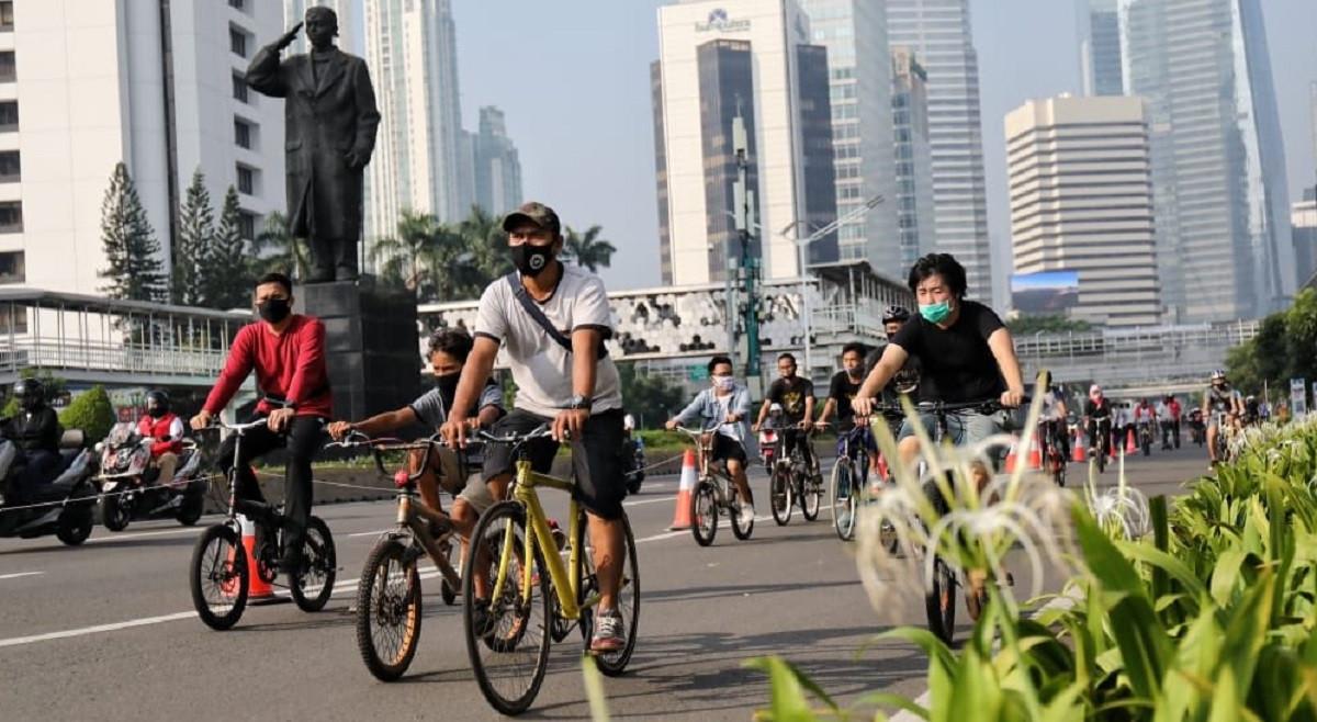 Pesepeda Non Road Bike Dilarang Melintas di JLNT Kampung Melayu – Tanah Abang